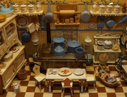 Poppenhuis maken, een hobby van vroeger en nu